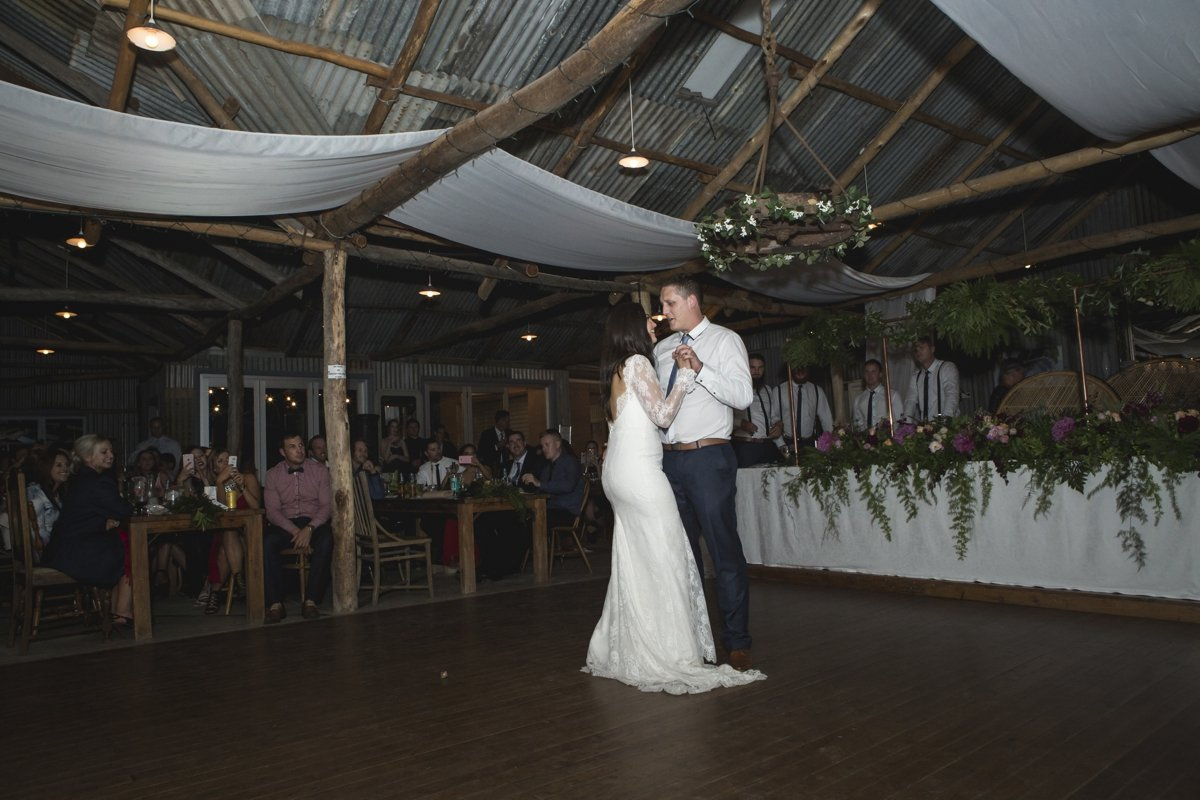 peregrines-tabletop-wedding-albury-wedding-photographer_1395